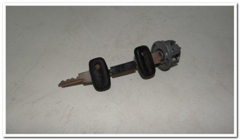 Lada gyújtáskapcsoló felsőrész+kulcs